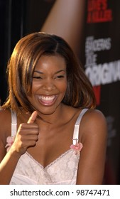 Actress GABRIELLE UNION at the world premiere, in Los Angeles, of Original Sin. 31JUL2001.  Paul Smith/Featureflash