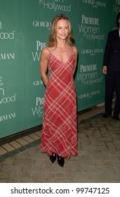 Actress HOLLY HUNTER at Premiere Magazine's 7th Annual Women in Hollywood Luncheon at the Four Seasons Hotel, Beverly Hills. 11OCT2000.  Paul Smith / Featureflash