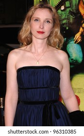 Actress JULIE DELPY at the Los Angeles premiere of Domino.  October 11, 2005 Los Angeles, CA.  2005 Paul Smith / Featureflash