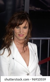 Actress JULIETTE LEWIS at the world premiere, in Los Angeles, of Collateral. August 2, 2004
