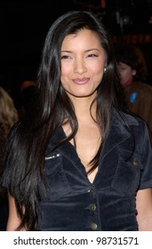 Actress KELLY HU at the Los Angeles premiere of Exit Wounds. 13MAR2001.    Paul Smith/Featureflash