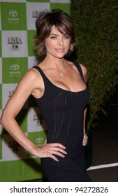 Actress LISA RINNA at the 12th Annual Environmental Media Awards in Los Angeles.  20NOV2002.   Paul Smith / Featureflash