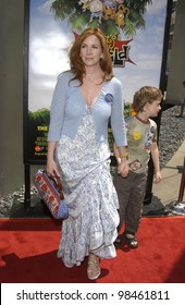 Actress MELISSA GILBERT at the Los Angeles premiere of Rugrats Go Wild. June 1, 2003