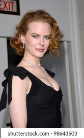 Actress NICOLE KIDMAN at the 2001 Golden Globe Awards at the Beverly Hilton Hotel. 21JAN2001.   Paul Smith/Featureflash
