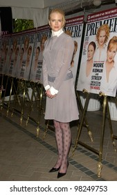 Actress NICOLE KIDMAN at Premiere Magazine's 9th Annual Women in Hollywood lunch at the Four Seasons Hotel, Beverly Hills. 16OCT2002.   Paul Smith / Featureflash