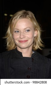 Actress SAMANTHA MATHIS at the world premiere, in Hollywood, of Along Came Polly. January 12, 2004