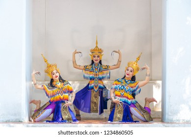 Actress are showing classical Thai dancing  Manohra southern traditional.