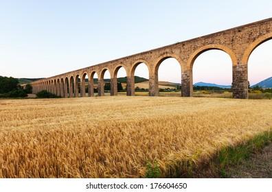 Acueducto de Noain by architect Ventura Rodriguez. Navarre
