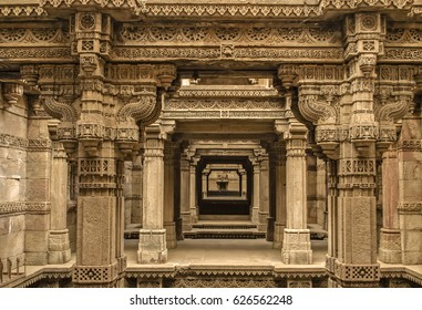 Adalaj stepwell - Indian Heritage tourist place, ahmedabad, gujarat