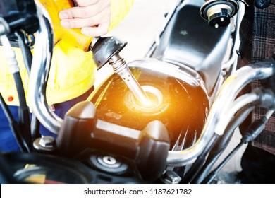 add oil for motorbike