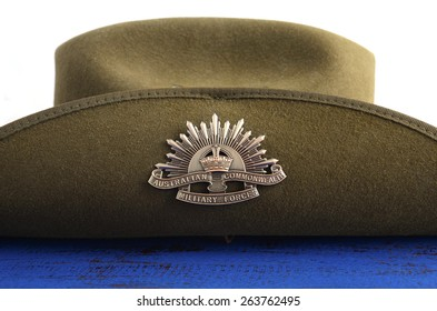 ADELAIDE, AUSTRALIA - MARCH 18, 2015: Australian army soldier slouch hat with Anzac WWI rising star hat badge.