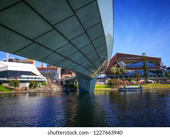ADELAIDE, SOUTH AUSTRALIA. - On November 11, 2018. – River Torrens Footbridge and Adelaide Convention Center, is a large convention center on North Terrace with Torrens Lake view.