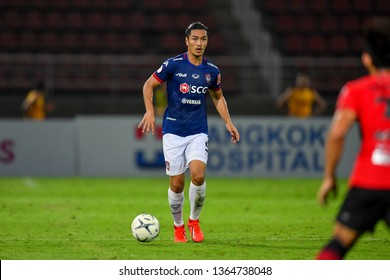 Adisak Kraisorn (Blue)of SCG Muangthong United in action during The Football Thai League between Bangkok United and SCG Muangthong United at True Stadium on March 02,2019 in Pathum Thani, Thailand