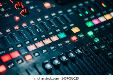Adjust button with power of mixer