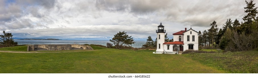 Admiralty Head Lighthouse, Fort Casey, Washington. Fort Casey Historical State Park. The Admiralty Head Light is a deactivated aid to navigation located  near Coupeville, Island County, Washington.