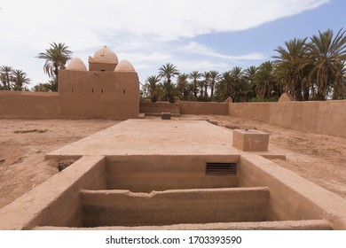 Adobe buildings in M'Hamid El Ghizlane or Lamhamid Ghozlane is a small oasis town in the Zagora province, Drâa-Tafilalet in Morocco, Africa.