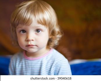 Adorable little girl - shallow DOF, focus on eyes