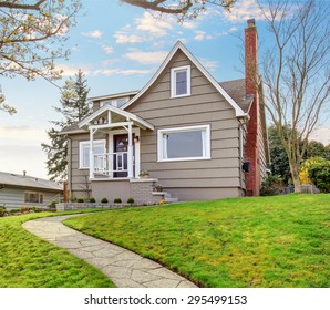 Adorable northwest home with perfect grass filled front yard.