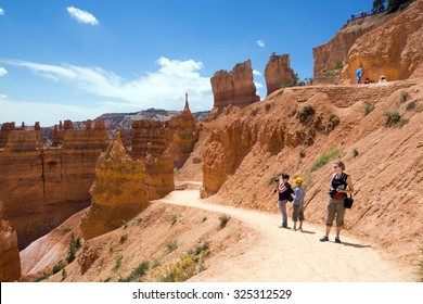 Adults with children on the trail. Bryce Canyon National Park, Utah, USA