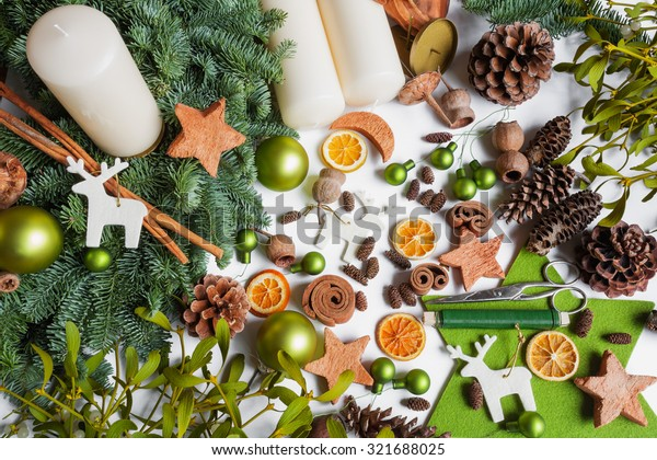 Advent wreath, do it yourself, divers materials, decoration