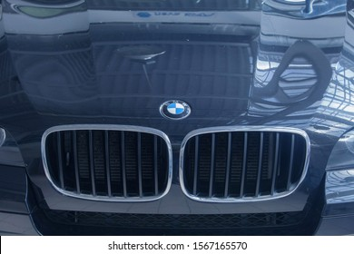 advertising of machines, Moscow, 1.11.2018: details close-up: The icon of the BMW motor company, radiator grille