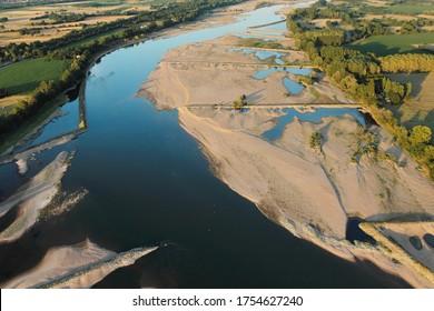 Vue de l'Aeria sur les gorges arrêtant le sable dans la vallée de la Loire, département de la Loire-Atlantique, Pays-de-la-Loire, France