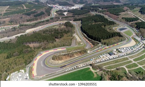 Vue aérienne du Circuit de Spa-Francorchamps est un circuit automobile situé à Stavelot Belgique également appelé Spa, il est le lieu du Grand Prix belge de Formule 1
