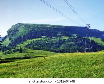 Aerial cableway Iltios - Chaserrugg or Luftseilbahn Iltios–Chäserrugg, Unterwasser - Canton of St. Gallen, Switzerland