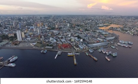 Aerial imagen of the front of the city of Manaus with the market and the fruit and fish dishes