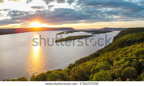 aerial-panoramic-landscape-view-on-600w-