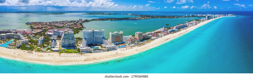 Aerial panoramic view of the Hotel Zone (Zona Hotelera) and the beautiful beaches of Cancún, Mexico