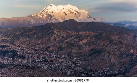 Aerial perspective on La Paz in Bolivia