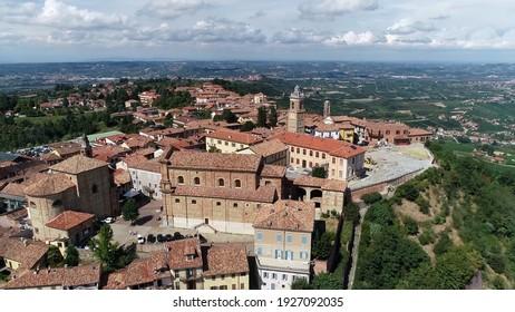 Vue aérienne de la commune italienne au nord de l'Italie