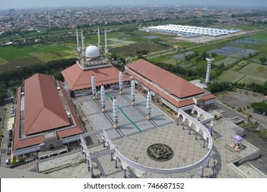 Aerial photo of the mosque in Semarang