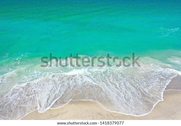 aerial-photo-ocean-surf-coming-600w-1418