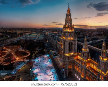 "Aerial photo of Vienna's ""Rathaus"""