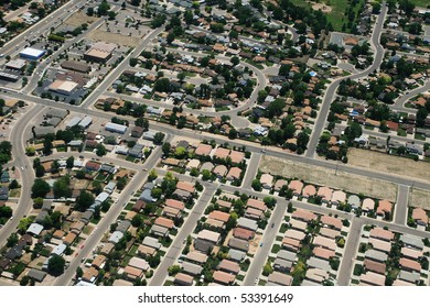 aerial photograph of housing in a town in the USA