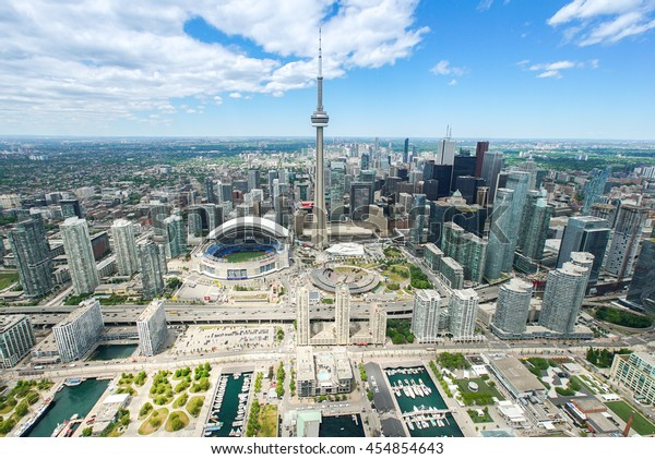 Aerial photograph taken from a helicopter in Toronto.