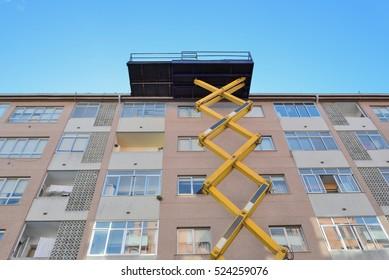 aerial platform for building works