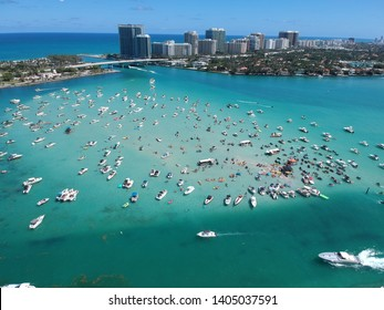 Aerial shot of sandbar in Miami on the intercostal. - Shutterstock ID 1405037591
