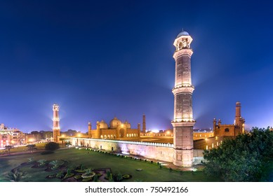 Aerial view of Badshahi mosque Lahore's most iconic landmarks.