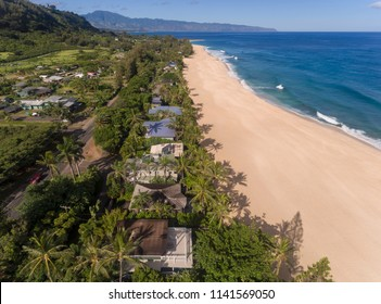 Aerial view of beach houses in Hawaii