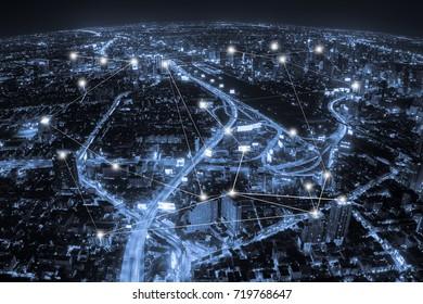 Luftbild, blauer Ton, Stadt- und Netzwerkverbindung