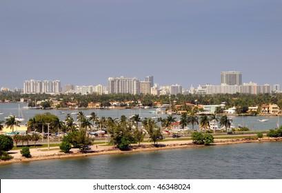 Aerial view of the bridge from Miami into Miami Beach