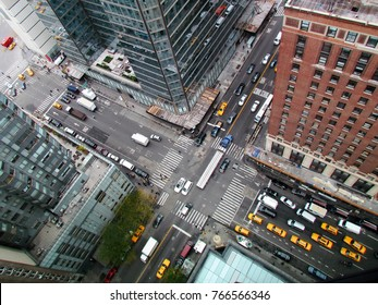 Aerial view of a busy Manhattan cross junction
