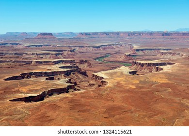 Aerial view of canyon and Green River from Green River Overlook in Canyonlands National Park, Moab, Utah, USA.