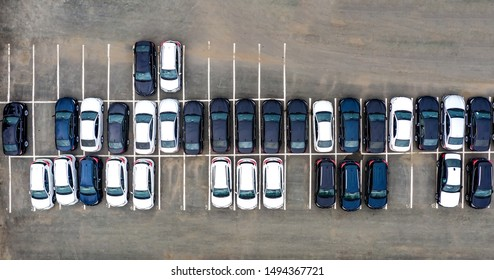 Cars for Sale Stock lot Row Images, Stock Photos & Vectors