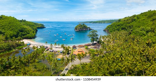Aerial view of the Crsytal bay coastline and beach, Nusa Penida island, Indonesia