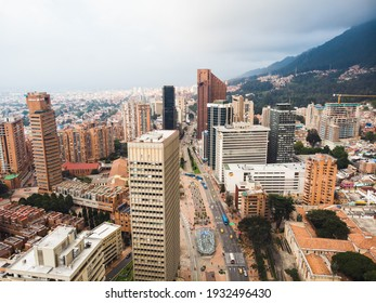 Aerial view of Bogotá downtown pointing to the north of the city