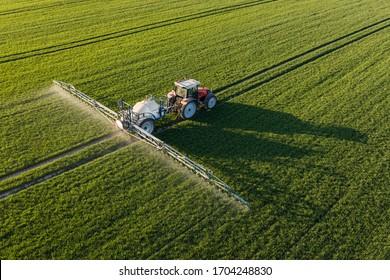 Luftbild der Erntefelder in Polen